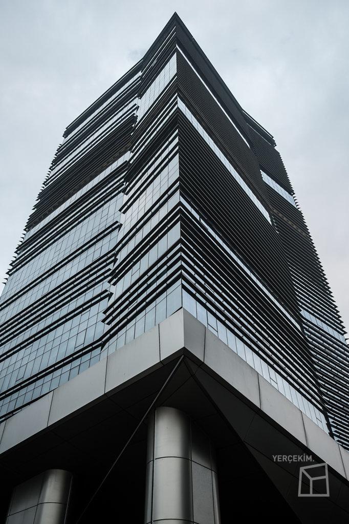 Bayraklı Tower