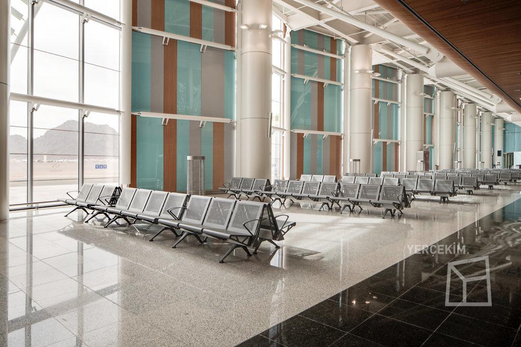 Medinah-Airport-Yercekim-IMG-7255enfuse-2000px.jpg